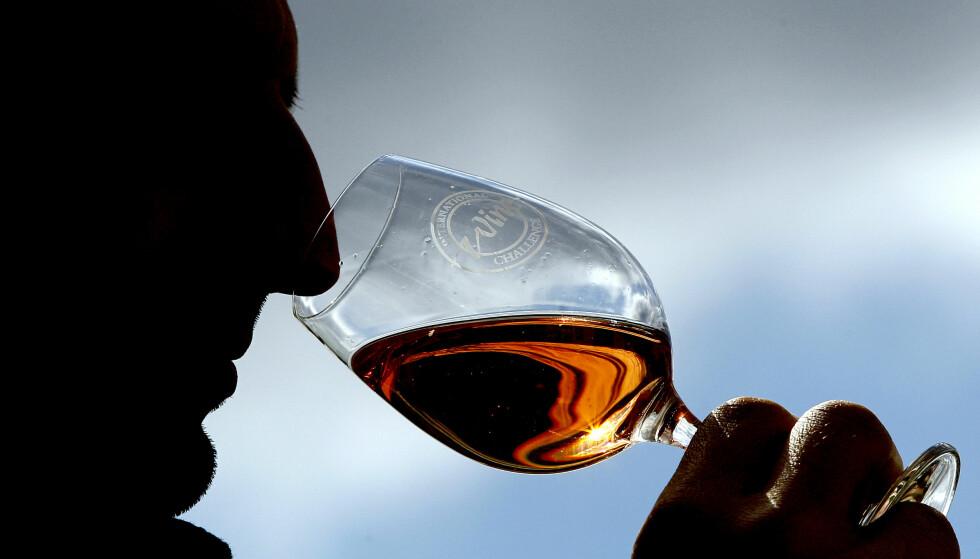 BLINDTEST: Kinesiske vinsmakere er offisielt i verdenstoppen. Illustrasjonsfoto: NTB Scanpix