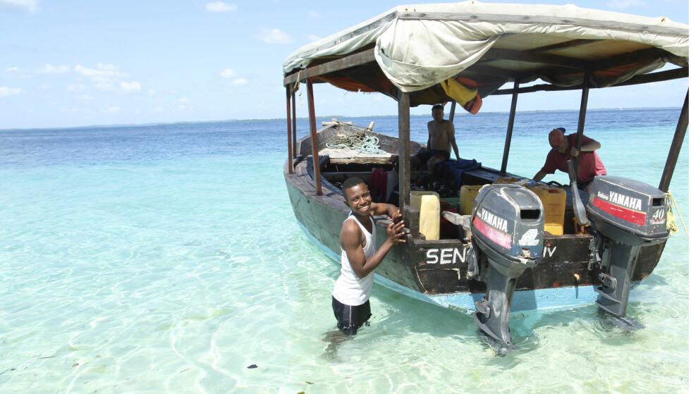 SMIL TIL SJØS: Pemba er lillebroren til Zanzibar, men minstlike sjarmerende. Alle foto: Runar Larsen