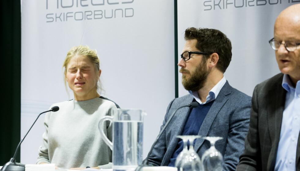 Fra venstre: Therese Johaug, kommunikasjonssjef i Norges Skiforbund Espen Graff og lege Fredrik S. Bendiksen på pressekonferansen etter at det ble kjent at Johaug er tatt for doping. Foto: Håkon Mosvold Larsen / NTB scanpix