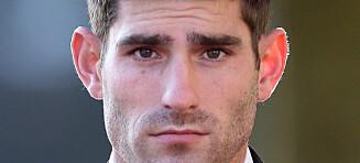 Forhatt fotballspiller frikjent for voldtekt etter å ha sonet 2,5 år i fengsel. Forloveden gråt av glede