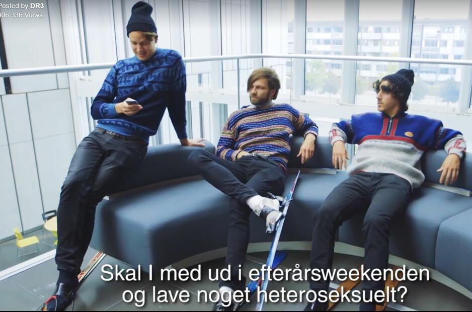GUTTA: I den danske «Skam»-parodien møter vi selvsagt karakterene «Isak», «William» og «Jonas». Her i gang med planlegginga av høstferien. Foto: Skjermdump / DR3