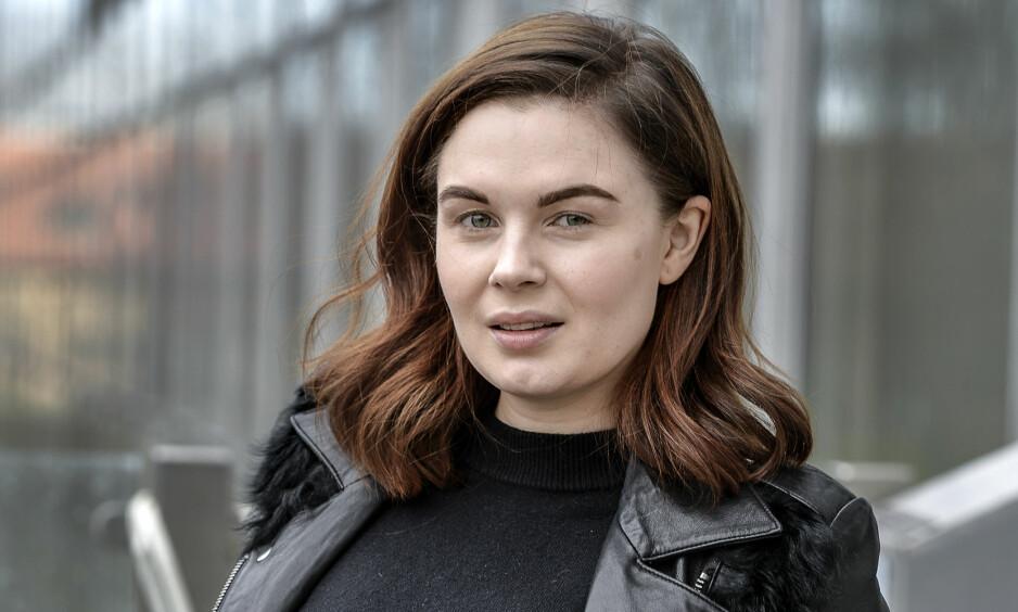 DELTE VOND NYHET: Den svenske artisten Vanessa Falk har vært åpen om sorgen etter farens bortgang. Nå forteller 31-åringen at hun har høy risiko for å bli rammet av kreftsykdom selv. Foto: NTB Scanpix