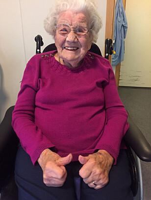 BLI MED DU OGSÅ: Tordis er 102 år og setter av to timer til TV-aksjonen søndag. Hva er din unnskyldning?