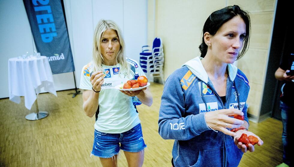 OVERTALELSE: Therese Johaug gjorde det hun kunne for å få Marit Bjørgen til å fortsette som langrennsløper én sesong til. Foto: Bjørn Langsem / Dagbladet