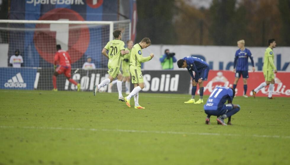 BLAA FORTVILELSE: Sarpsborg slo Stabæk 2-1 etter å ha snudd kampen på Nadderud lørdag ettermiddag. Foto: Berit Roald / NTB scanpix