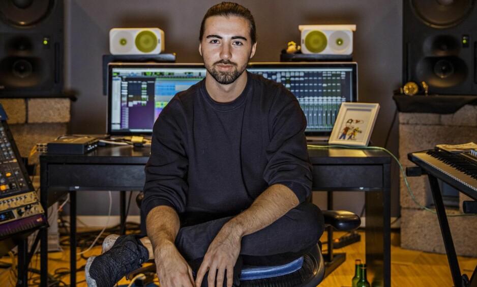 Målbevisst: Da Jonas E. Mjåset bestemte seg for å bli verdens beste produsent av elektronisk dansemusikk, la han raskt en plan for hvordan de viktigste aktørene i bransjen skulle finne ham. Den funket. Foto: Jørn H. Moen / Dagbladet.