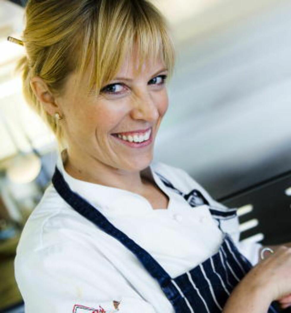 FREDAGSKOKK: Charlotte Mohn Gaustad (34) er en av Dagbladets faste kokker på fredager. Hun har vunnet stor anerkjennelse for sin kokekunst, og er til daglig frilanser og medeier i Opaker Gård i Hedmark. Foto: HÅKON EIKESDAL