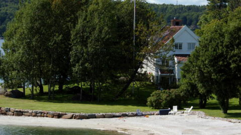 IKKE FOR ALLE:  Øystein Stray Spetalens påkostede hytteeiendom i Sandefjord. Energibruk til hytter er en av mange årsaker til at miljøregnskapet ikke kan gå opp, mener finansmannen. ARKIVFOTO: TRULS BREKKE/DAGBLADET.