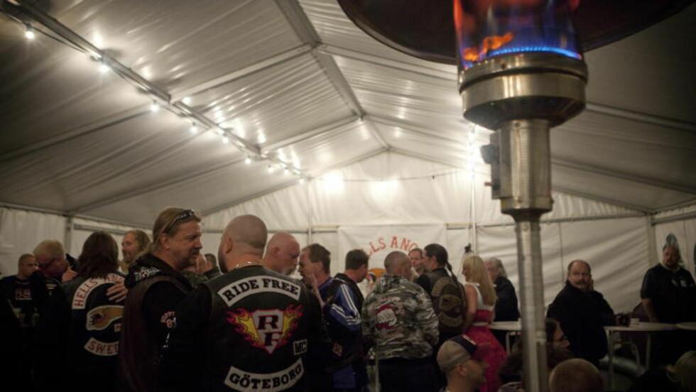 FEIRET SEG SELV: I september 2011 feiret Hells Angels sitt 15-års jubileum i sine lokaler på Alnabru i Oslo. Venner fra fjern og nær var til stede. Foto: Dagbladet