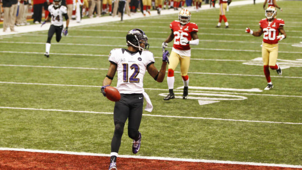 NY SUPER BOWL-REKORD: Baltimore Ravens Jacoby Jones løp 108 yard for en touchdown, noe som er ny Super Bowl-rekord. Foto: Gary Hershorn / REUTERS / NTB SCANPIX