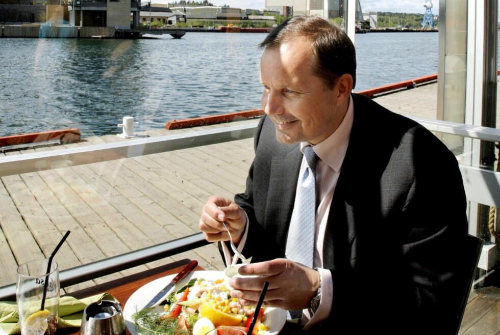 GIR SEG: Per Arne Olsen får trolig mer tid til salatlunsj på brygga når han gir seg som Frp-nestleder. Foto: Jacques Hvistendahl / Dagbladet