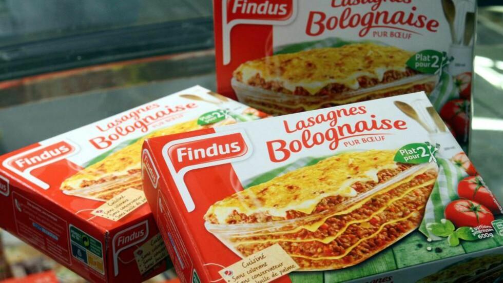 HEST: Franske Findus Lasagnes Bolognaise er i liket med britiske Findus-pakker og produkter i en mengde europeiske land trukket fra hyllene etter funn av store mengder hestekjøtt i det som skulle være rent oksekjøtt. Kjøttprodusenten Comigel leverer tonnevis med frossenkjøtt til ver 15 land, inkludert Norge. .I noen av Findus-pakkene var det opp mot 100 prosent hestekjøtt. Foto:  EPA/JEAN FRANCOIS FREY/NTB-Scanpix