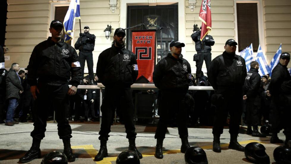 Høyreekstremistene er på vei inn i europeiske nasjonalforsamlinger. Tilhengere av Gyllen Daggry demonstrerte i Aten for få dager siden. Foto: Reuters / NTB Scanpix