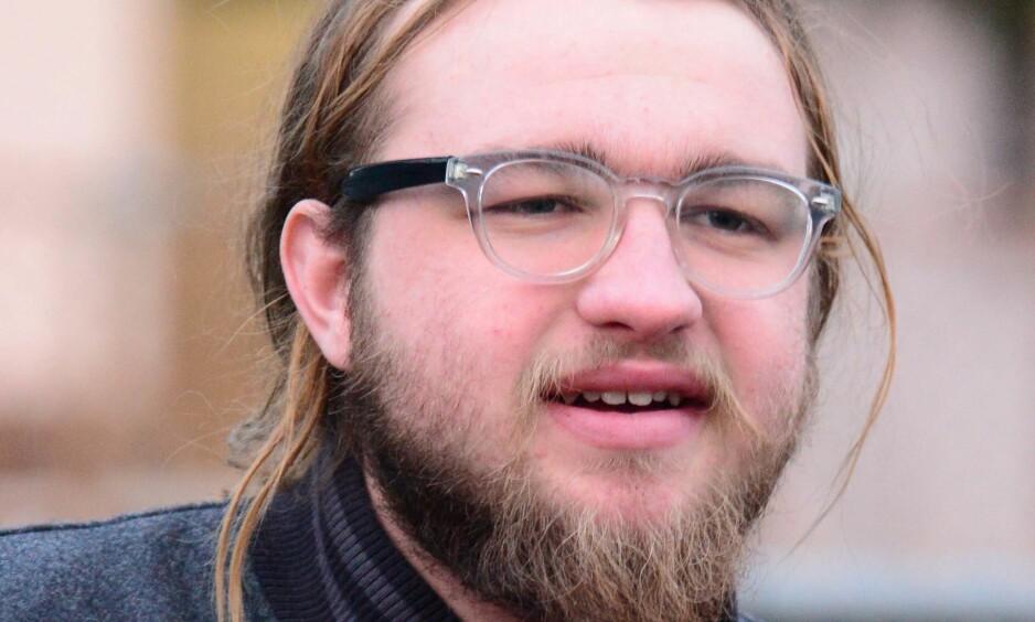 FORANDRET: Skuespiller Angus Jones er blitt 23 år gammel. Han har også latt håret og skjegget gro i tida borte fra rampelyset. Foto: NTB Scanpix