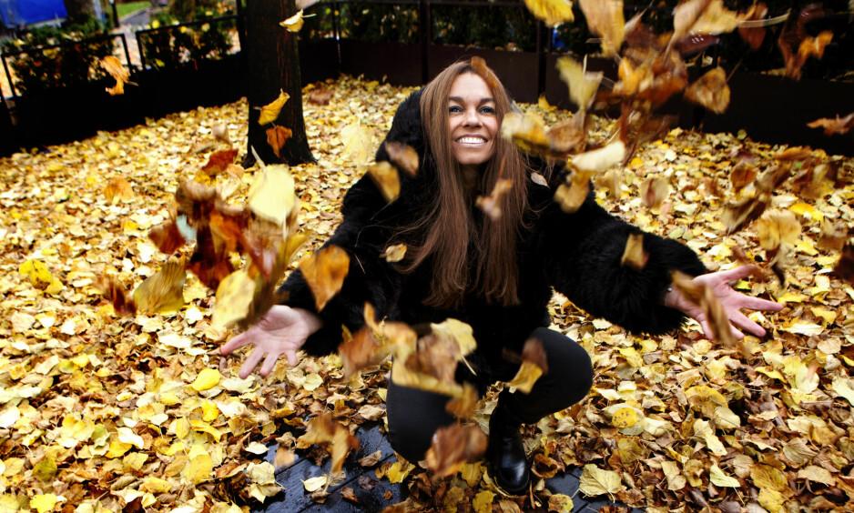 BRUDD-PLATE: Kaia Huuse gir ut en samlivsbrudd-plate og kjærlighetsdikt. Artisten gikk fra kjæresten Jan Eggum i 2014 og nå synger hun om bruddet. Plata heter «Uvær» og diktsamlingen har tittelen «En liten bok om kjærlighet»Foto: Anders Grønneberg