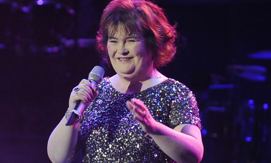 ÅPNER SEG OM SYKDOMMEN: 55 år gamle Susan Boyle har vært borte fra rampelyset i noen år. Nå avslører hun at det skyldes at sykdommen hennes har blitt verre. Foto: NTB scanpix