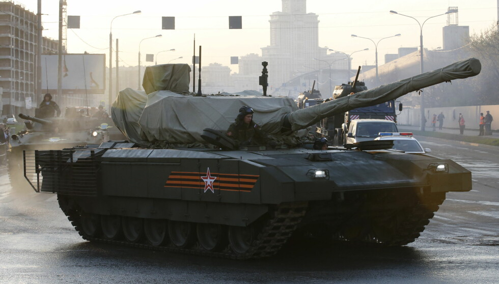 NY TANKS: T-14 Armata er en ny russisk stridsvogn. Foto: REUTERS/Maxim Zmeyev/NTB Scanpix