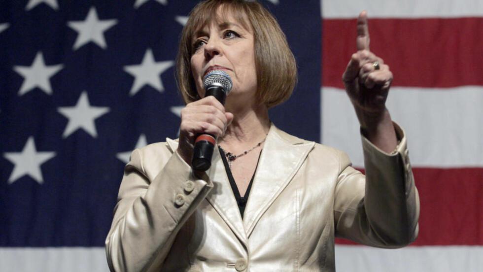 JEVN KAMP: Året mest spennende oppgjør finner vi Nevada, hvor toppdemokraten Harry Reid kjemper en ekstremt tett kamp mot outsideren Sharron Angle, som blir støttet av den konservative Tea Party-bevegelsen. Foto: REUTERS/SCANPIX