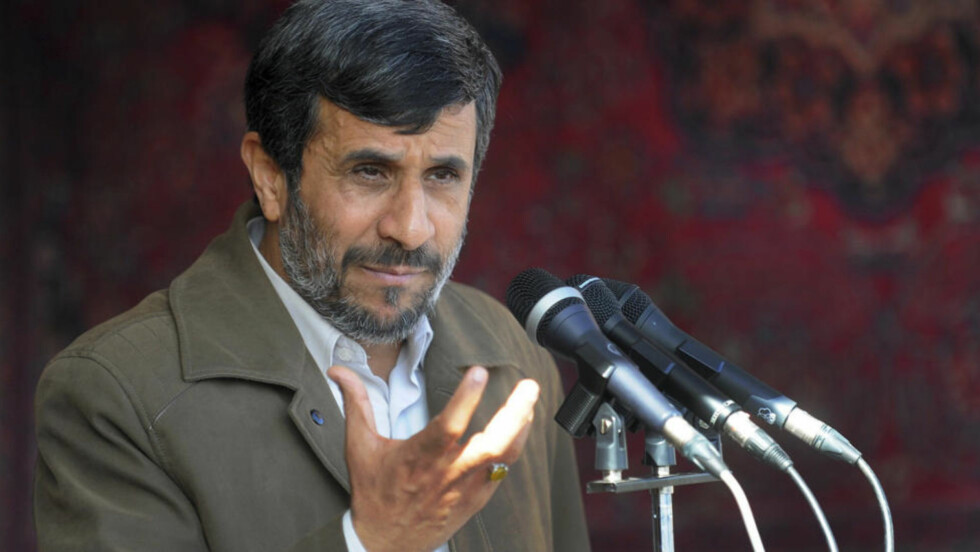 VIL IKKE SNAKKE OM ATOMVÅPENPROGRAMMET:  Irans president Mahmoud Ahmadinejad. Foto: SCANPIX/AP