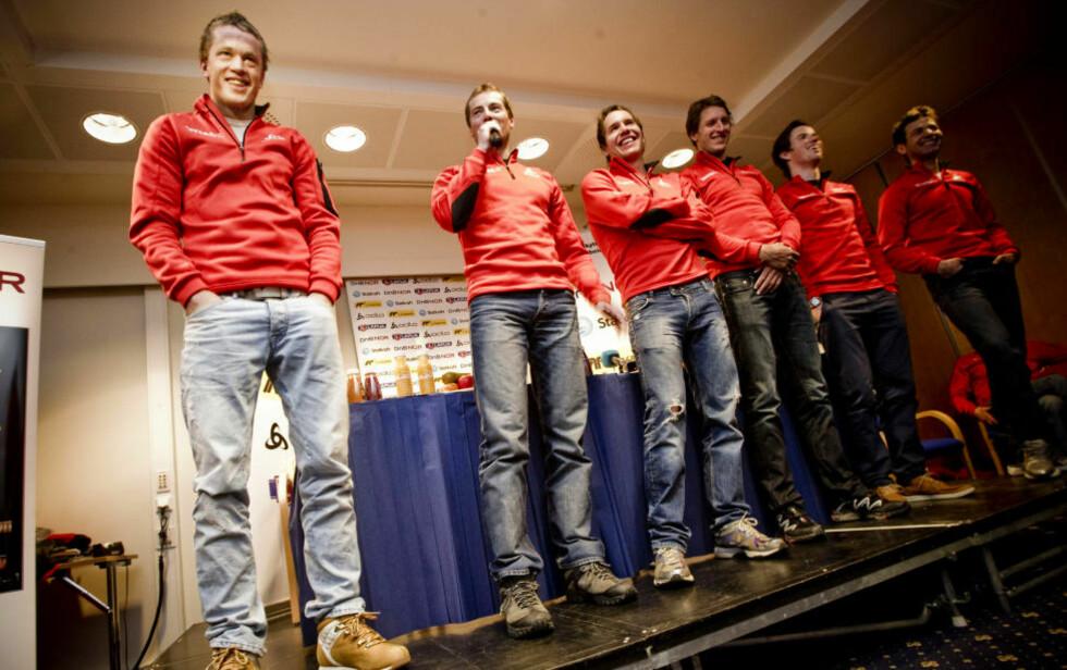 HARDKJØRT: Tarjei Bø og resten av skiskytterne på dagens pressekonferanse på Beitostølen. Foto: Thomas Rasmus Skaug / Dagbladet