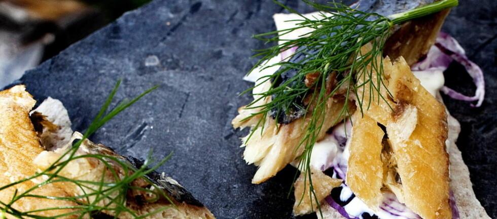 APPETITTVEKKER: Kippers på flatbrød. Se oppskrifter nederst i saken. Alle foto: Mette Møller