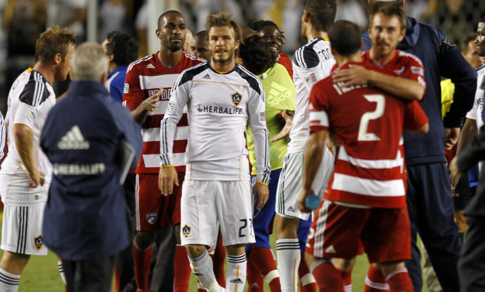 SJANSELØSE: David Beckham og LA Galaxy tapte hele 0-3 mot FC Dallas. Foto: REUTERS/Lucy Nicholson