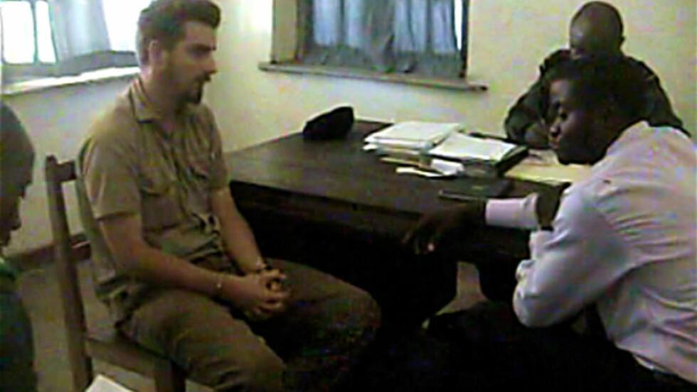 Tjostolv Moland i  avhør. Bildet er fra videoen Dagbladet har tilgang til.