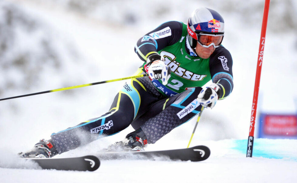 BESTETID: Aksel Lund Svindal var raskest på dagens utfortrening i  Lake Louise. Her er han i aksjon under storslalåmen i Sölden for en måned siden. Foto: Joe Klamar, AFP/Scanpix