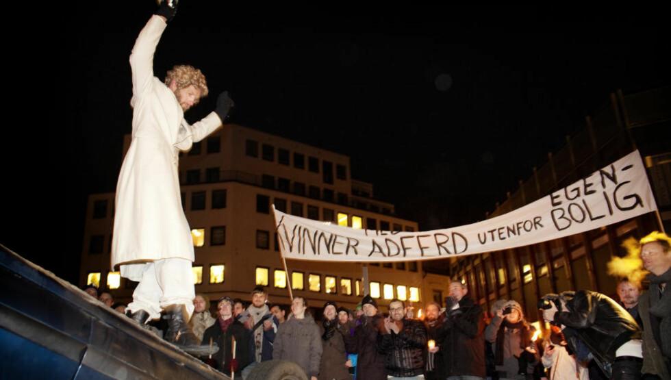 MISTER GREPET: Bård Tufte Johansen, alias Gunnar Veistad i Helsedirektoratet, er i ferd med å miste grep for egen tv-omsorg. Foto: Agnete Brun