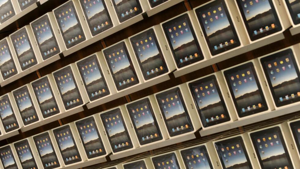 SNART PÅ PLASS I HYLLENE: I morgen kommer iPad i salg i Norge. Foto: SCANPIX