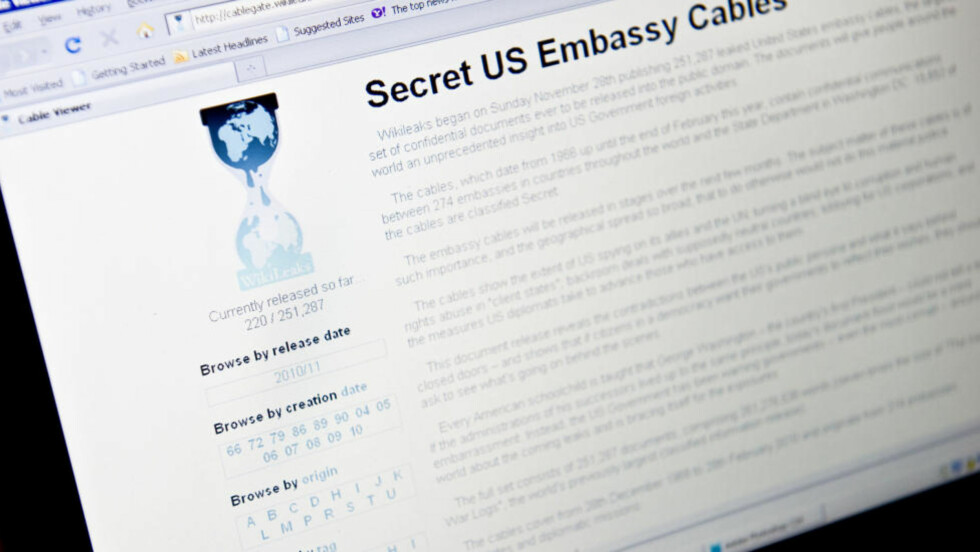 NEDE: Nettsiden til Wikileaks er nede etter en rekke angrep fra ukjente hackere. Søndag offentliggjorde de store mengder ambassadedokumenter. Foto: AFP Photo/Nicholas Kamm/Scanpix
