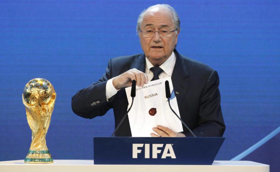 FIKK VM I 2018: Russland skal arrangere fotball-VM i 2018. Det offentliggjorde Fifa-president Sepp Blatter i Zürich i ettermiddag.Foto: SCANPIX/AP Photo/Anja Niedringhaus
