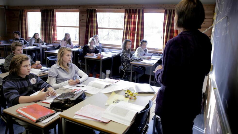 ANDREPLASS: Bare finske elever er flinkere til å lese enn norske. Her fra Solvang Ungdomskole i Asker tidligere i år. Foto: Espen Røst / Dagbladet
