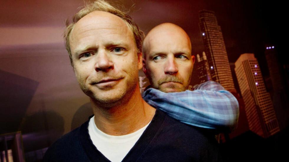 Den nye humoren: Den som skal være trygg på å komme godt ut av Harald Eias og Bård Tufte Johansens program, kan ikke være for formell, nølende, nerdete, nærlingslivsglatt eller klisjéfylt, skriver forfatteren. Foto: Scanpix