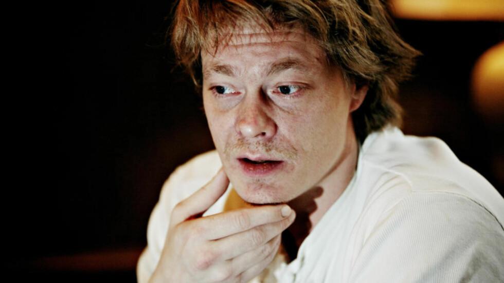 PREMIEREKLAR:  På fredag har storfilmen «Kongen av Bastøy kinopremiere». Der spiller Kristoffer Joner mot uerfarne skuespillere. De var så gode at han burderer å se seg om etter en ny jobb  Foto: Torbjørn Grønning