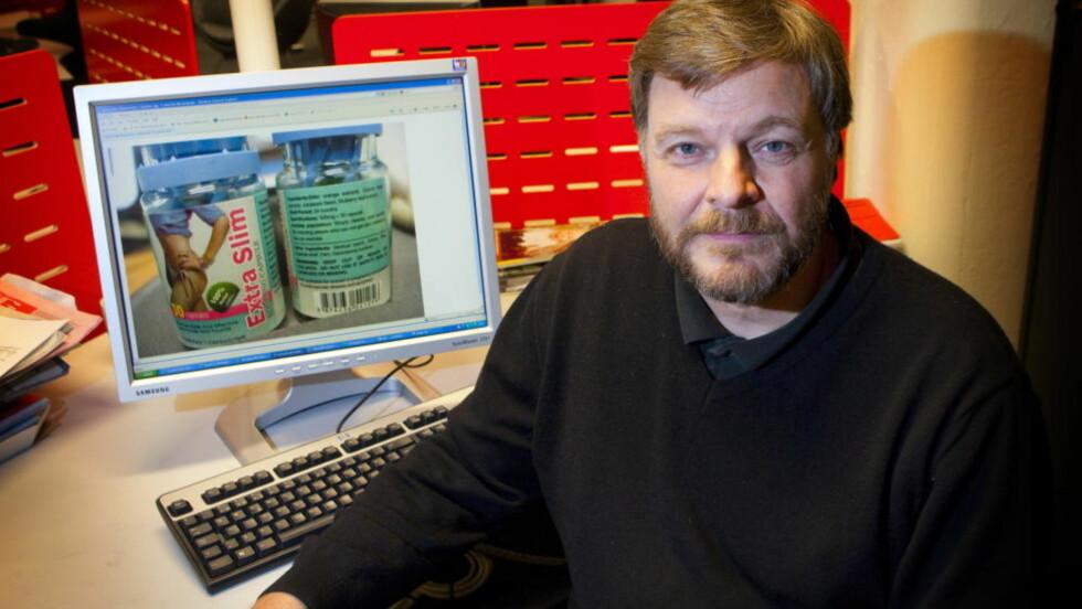 ADVARER: Steinar Madsen, avdelingsoverlege i Legemiddelverket, advarer mot ulovlig markedsføring av naturmidler. Han fraråder særlig forbrukerne å handle slanke- og potenspiller på nett. Foto: TORBJØRN BERG
