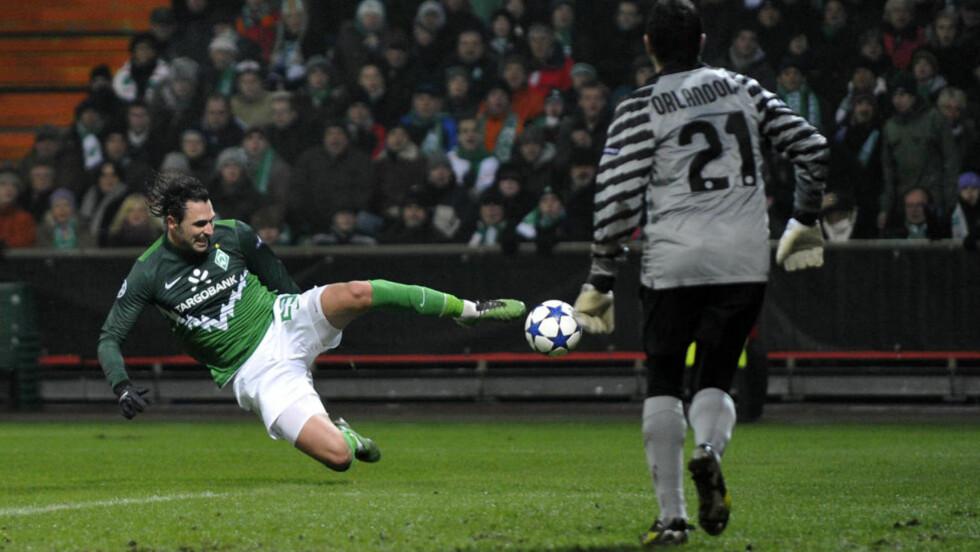 TIL TYRKIA? Werder Bremen-spissen Hugo Almeida kan være på vei til Besiktas. Foto: SCANPIX/REUTERS/Morris Mac Matzen