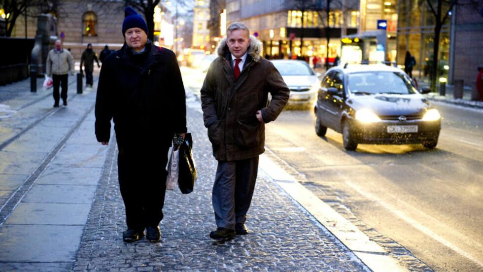 ENIGE: Hverken tidligere justisminister Odd Einar Dørum eller dagens minister, Knut Storberget, vil avkriminalisere narkotika. Begge ønsker varme hender og levende mennesker inn på behandlingssiden. Foto: Øistein Norum Monsen/DAGBLADET
