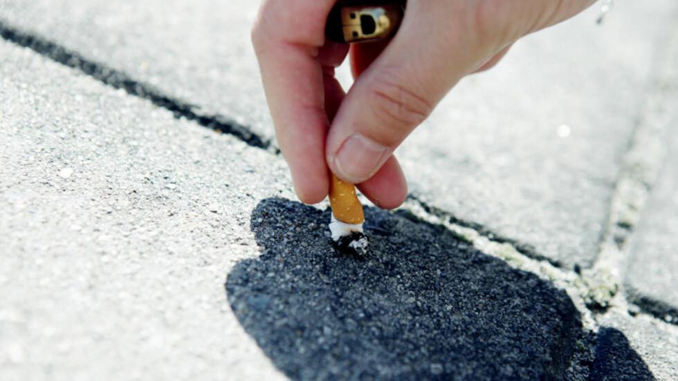 <strong>MANGE SLUTTFORSØK:</strong> Rundt nyttår er tida da mange prøver å slutte å røyke. I løpet av et år forsøker 23 prosent av dagligrøykerne seg på å slutte, og hver av dem har i gjennomsnitt 3,5 slutteforsøk bak seg. Foto: Elisabeth Sperre Alnes/Dagbladet