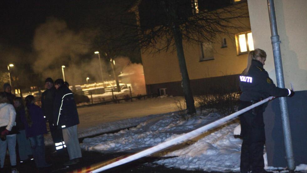 PÅGREPET:  Den iraksiske asylsøkeren ble pågrepet i sitt hjem i Greve i København onsdag. Natt til torsdag gjennomsøkte politiet adressen på jakt etter en mistenkelig gjenstand. Foto: Martin Sylvest Andersen / SCANPIX