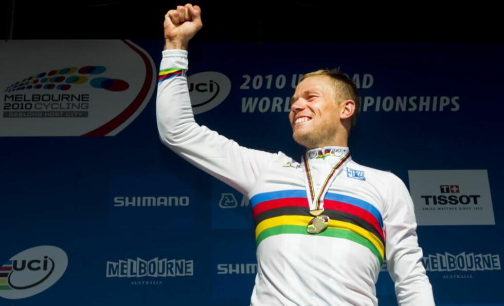DRØMMEÅR: Thor Hushovd ble verdensmester i landeveissykling i 2010, og fikk over dobbelt så mange stemmer som neste person på lista da norske sportsjournalister skulle stemme fram årets idrettsnavn. Foto: Heiko Junge / Scanpix