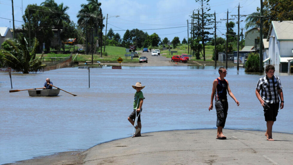 STENGER VEIEN: Oversvømmelsene har ført tilo store ødeleggelser i Bundaberg i Australia. Foto: Torsten Blackwood / Scanpix