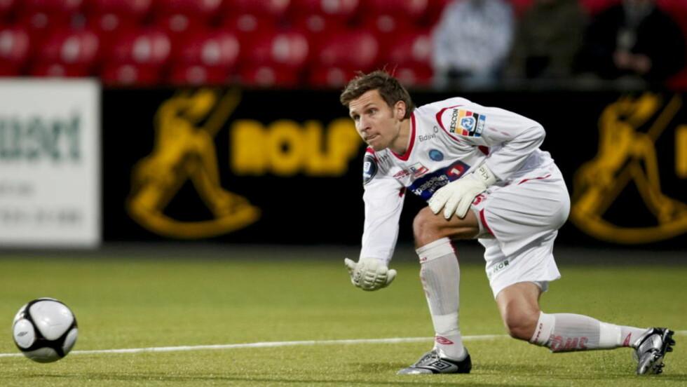 FÅR SJANSEN: Olav Dalen er én av to keepere som spiller for kontrakt. Foto: Christian Thomassen / Scanpix