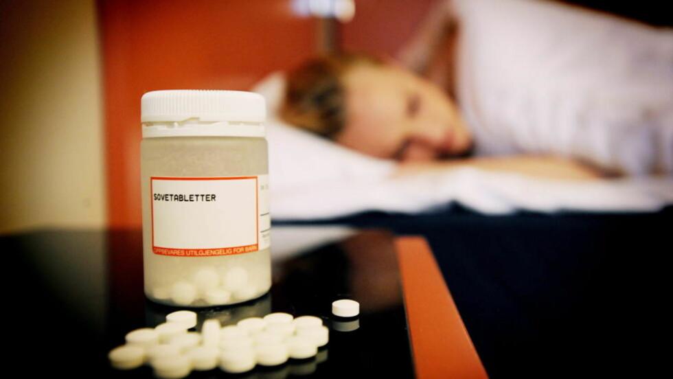 SPISER OSS I SØVN: I år får over 300 000 nordmenn foreskrevet sovemedikamenter av legen. Ikke alle bruker tablettene til det de er ment for.  Foto: Thomas Rasmus Skaug / Dagbladet