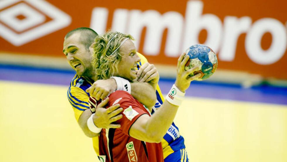 BLE STOPPET: Erlend Mamelund og Norge møtte veggen mot svenskene i Oslo Spektrum.