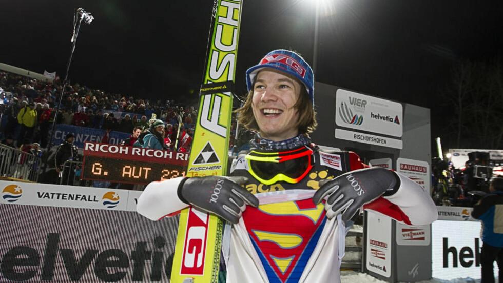 SUPERMANN: Tom Hilde var supermann og vant det siste rennet i hoppuka i Bischofshofen torsdag.Foto: Terje Bendiksby / Scanpix