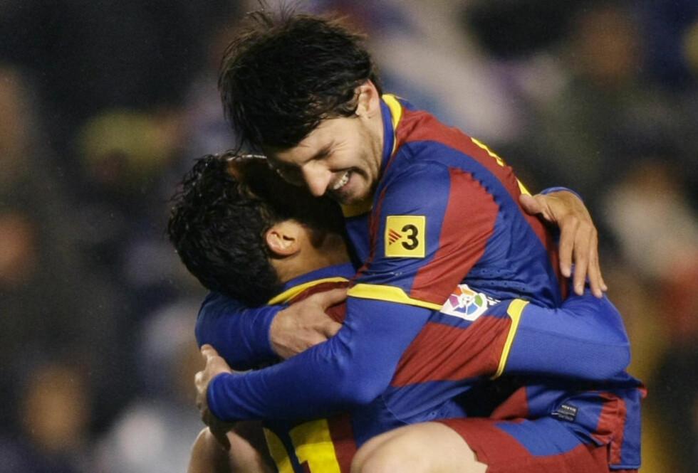 KNUSENDE OVERLEGNE: Lionel Messi og Barcelona valset som ventet over Deportivo La Coruña på bortebane. Katalanerne reiser hjem med en kruttsterk 4-0 seier.Foto: SCANPIX/REUTERS/Miguel Vidal