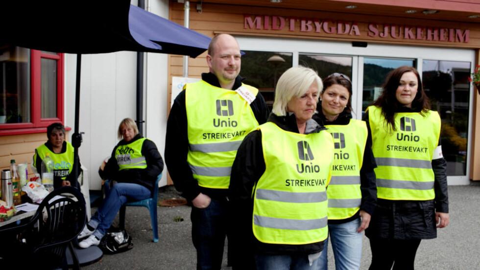 STORSTREIK: 54 ansatte ved Midtbygda sjukeheim i Bergen er tatt ut i streik. Her fra sykehjemmet i forrige uke. FOTO: PAUL S. AMUNDSEN