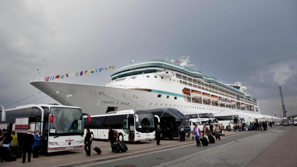 NYTT DIARÉCRUISE: Royal Caribbean Cruise Lines, som eier Vision of the Seas, kan ikke utelukke nye virusepidemier om bord under framtidige turer.  Foto: Jon Terje Hellgren Hansen / Dagbladet