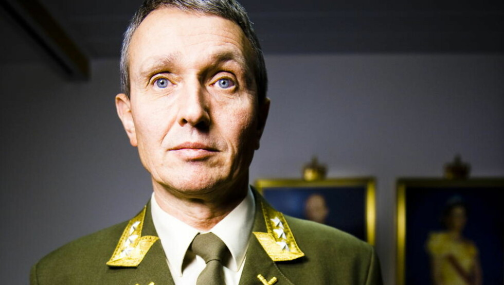 LEDER ETTERRETNINGEN: Generalløyntnant Kjell Grandhagen (55). Foto: Håkon Eikesdal / Dagbladet